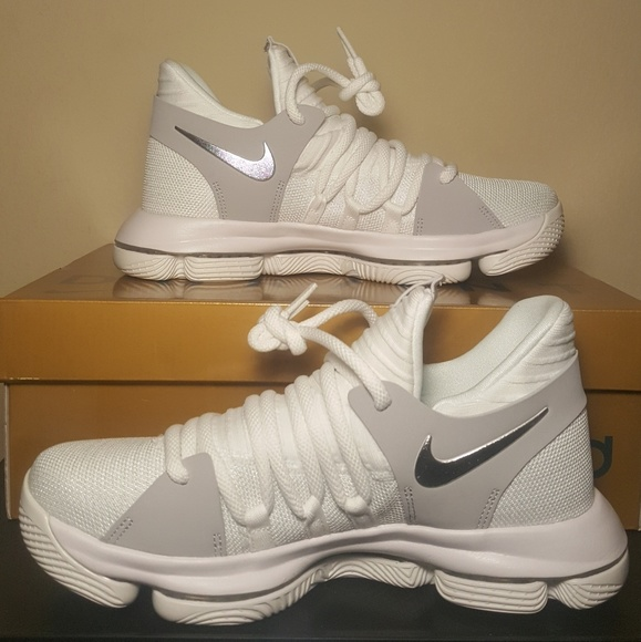 the best attitude be2aa 96cd8 NEW Nike Zoom KD 10 GS